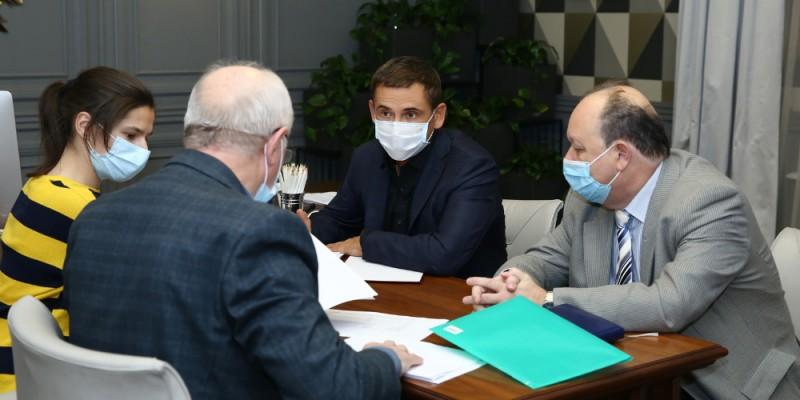 Владимир Скоробагач на совещании с главврачами больниц